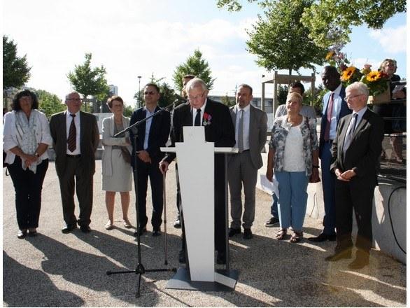 inauguration-promenade-abbe-pierre